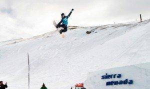 Salto 10 metros (Primer salto de nieve en el Snowpark Sulayr)